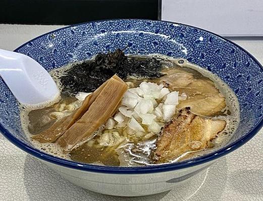 麺や鱗道1